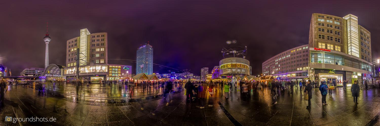 360 Grad Panorama an der Weltzeituhr beim Alex Berlin