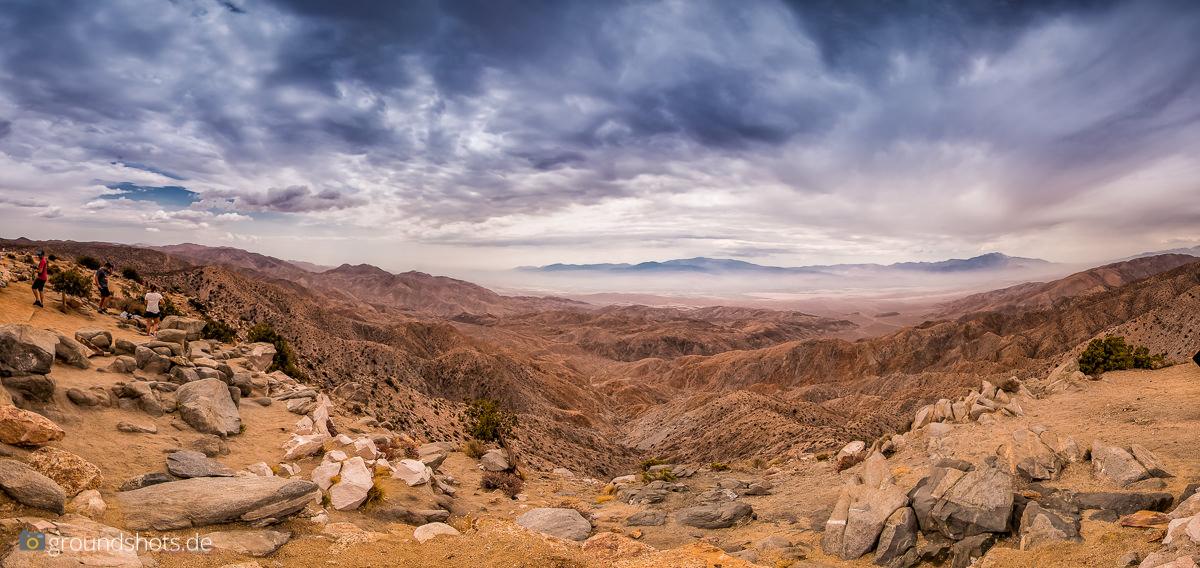 Coachella Valley - Blick auf Palm Springs vom Keys View aus