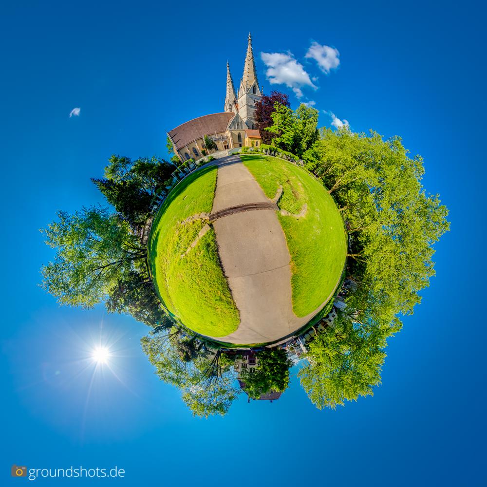 Die Obenhofenkirche Goeppingen als Little Planet