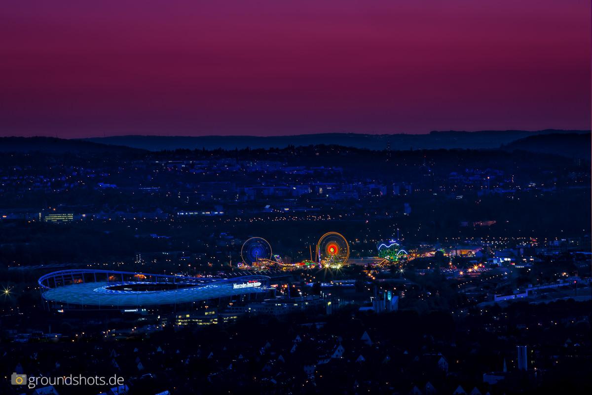 Fruehlingsfest und Mercedes-Benz-Stadion Stuttgart