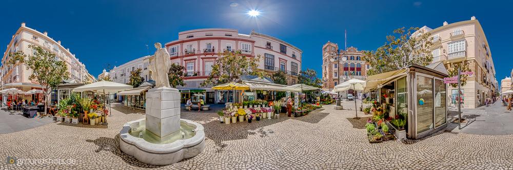Plaza de la Flores in Cadiz